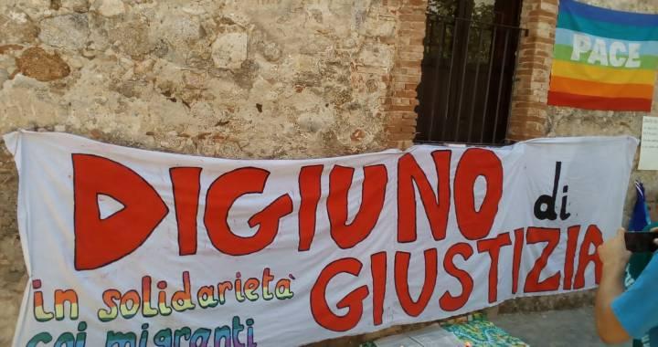 Riace/ Sciopero della fame perché il governo paghi I debiti alla solidarietà