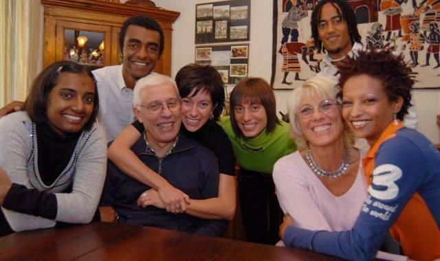 Famiglia Piro/ Tradizione aperta a tutte le diversità, lontana dall'oscurantismo antiumano delle destre a Verona