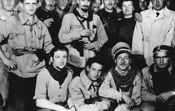 28 aprile/ Dongo: la memoria dei partigiani della 52ma Garibaldi
