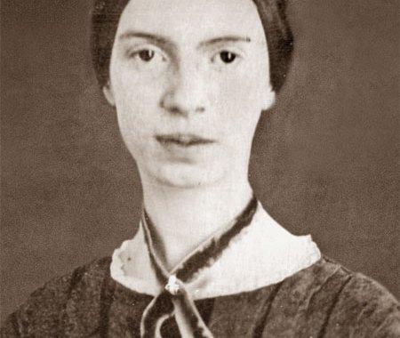 Lidia Franzoso nella Piazza virtuale dell'8 marzo a Como con Emily Dickinson