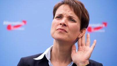 die-neue-bundesvorsitzende-der-afd-frauke-petry-rechnet-mit-einem-weiteren-mitgliederschwund-