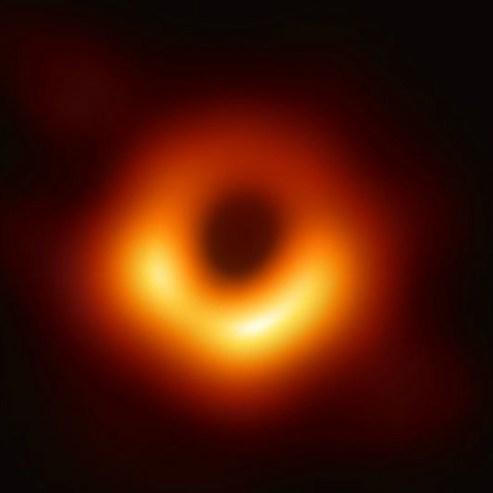 universo-ecco-la-prima-foto-di-un-buco-nero-eslye