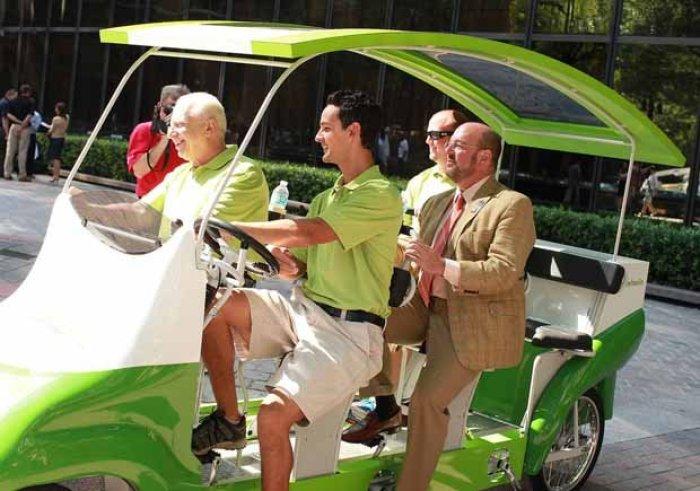 Autobús - Bicicleta para 9 pasajeros