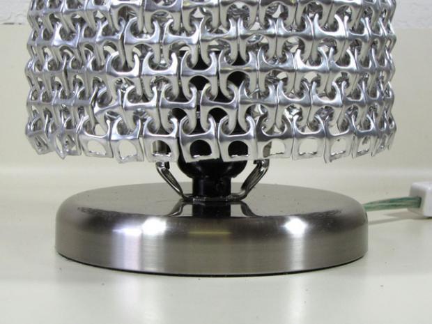 lámpara con anillas de latas 7