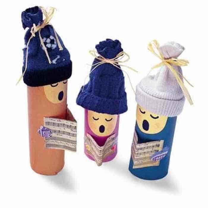 Muñecos con rollos de papel higiénico