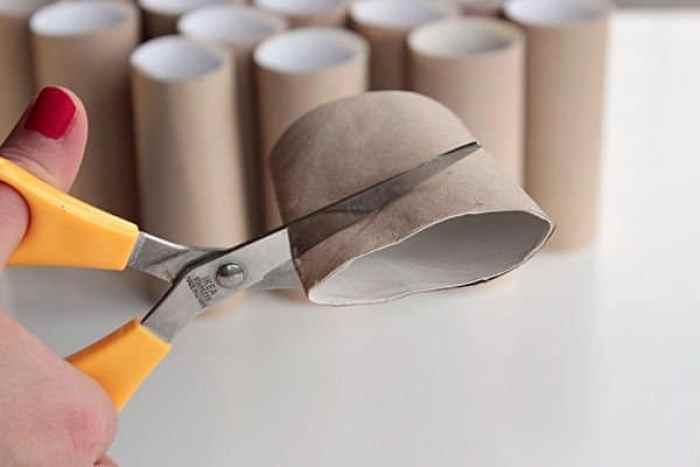 lampara-con-tubos-de-carton4