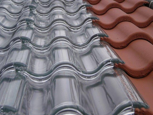 Tejas solares de vidrio