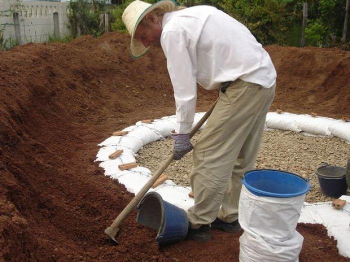 Como construir un domo con sacos de tierra6