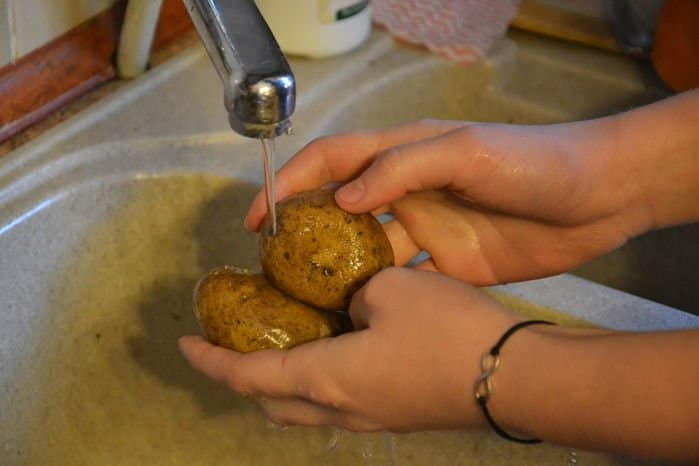 Como limpiar patatas de pesticidas