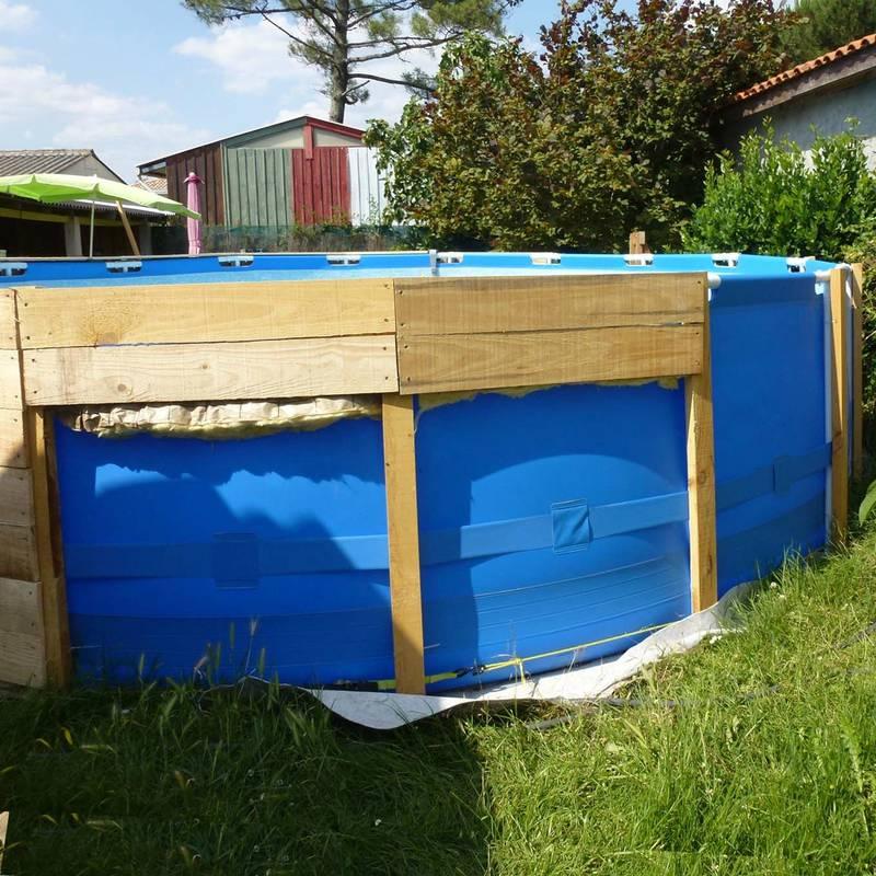 6 propuestas para hacer tu piscina con palets for Piscinas prefabricadas madera