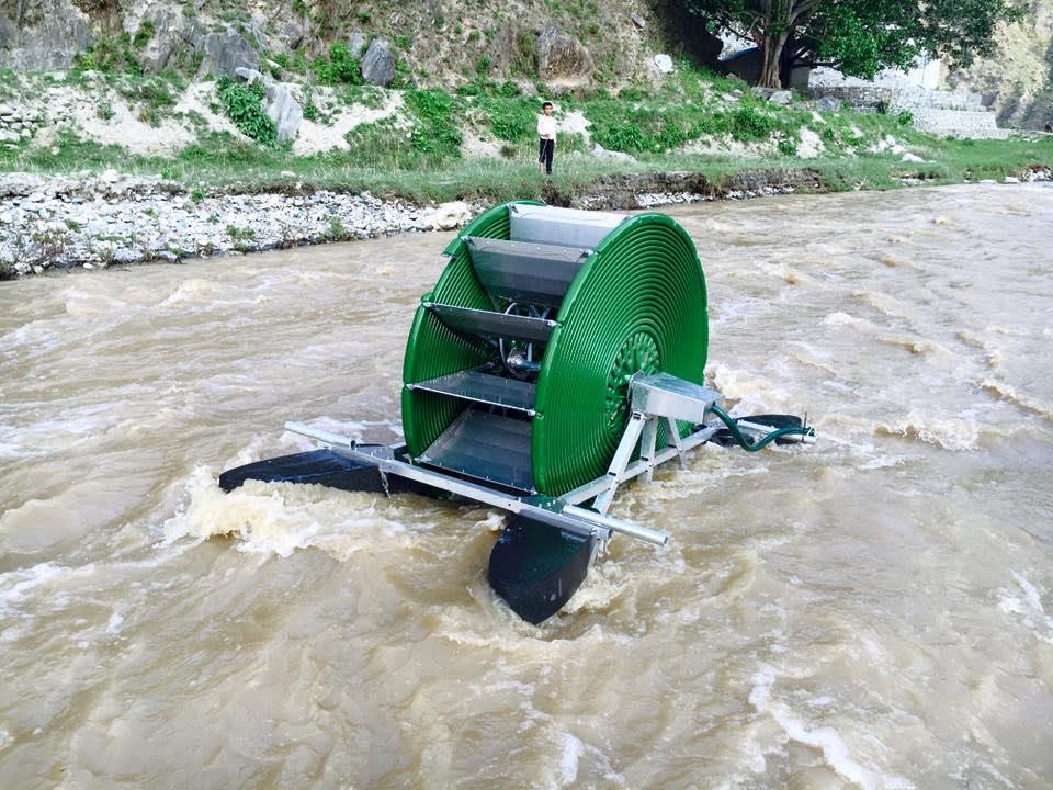 Bomba barsha es capaz de bombear litros de agua al for Como oxigenar el agua de un estanque sin electricidad