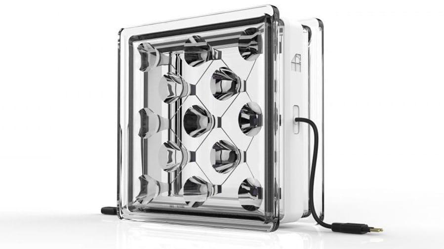 Bloques de vidrio con células solares integradas