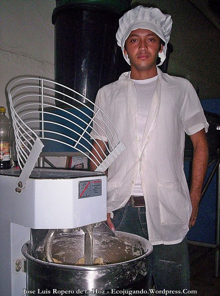 Iván Castillejo, Jefe de Panadería.