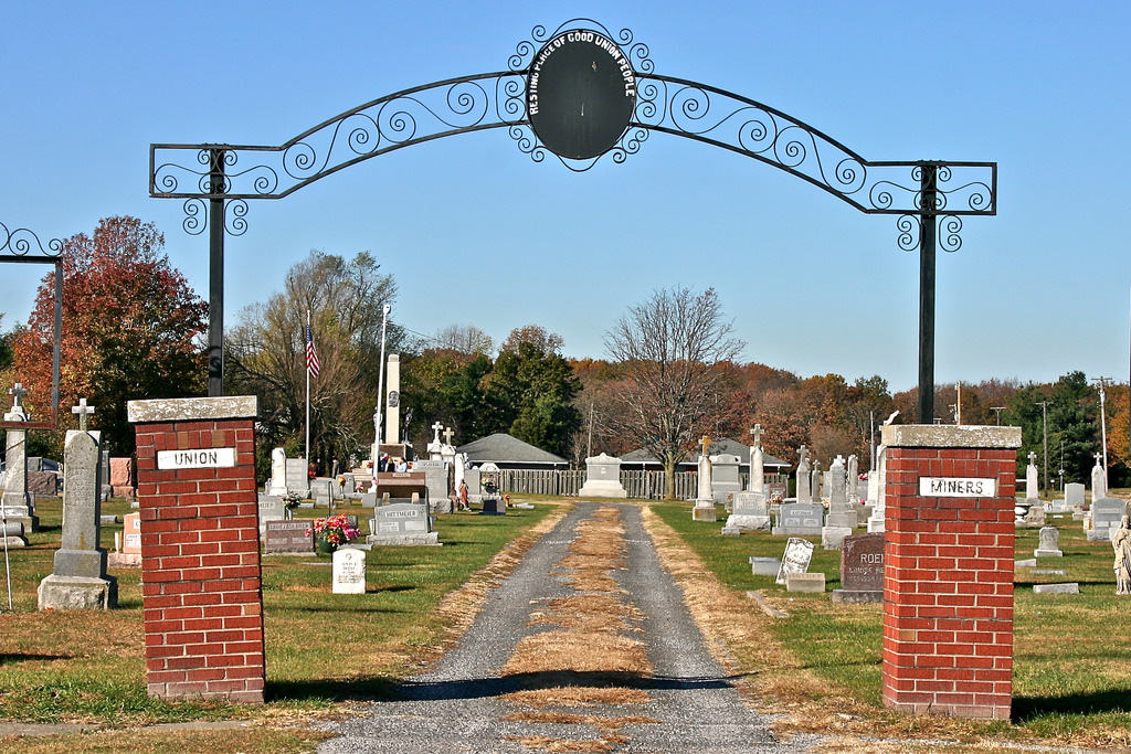 mount-olive-cemetery