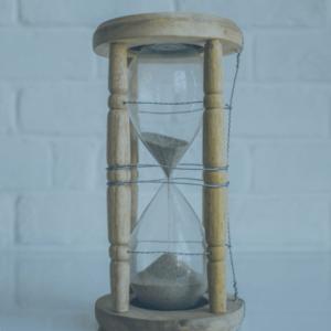 Transformer la Procrastination en Action avec l'Hypnose Thérapeutique
