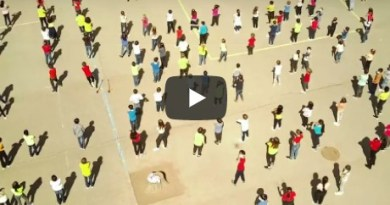 Surprise : une FlashMob tous ensemble
