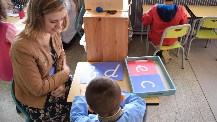 Atelier pédagogie Montessori Ecole maternelle roubaix Saint nIcolas