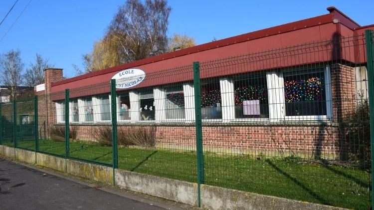 Vue extérieure de l'école maternelle Saint Nicolas de Roubaix