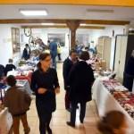 Les stands d'articles lors du marché de Noël 2018 de l'école Notre Dame de l'Espérance