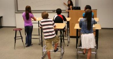 Astuce pour faciliter l'apprentissage : travailler debout