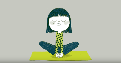 Le yoga du papillon : un exercice pour le retour au calme des enfants