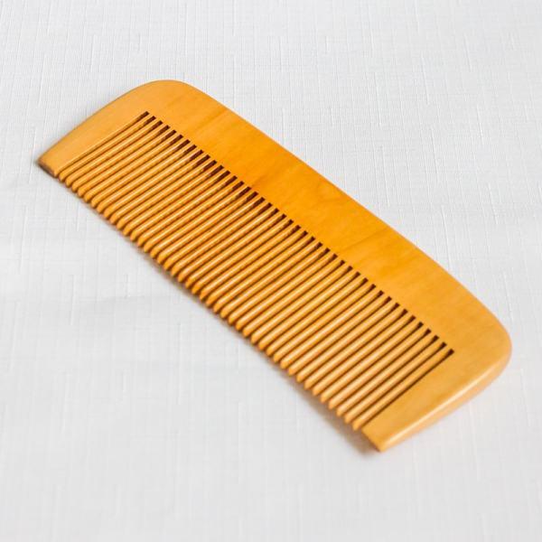 Bambusový hrebeň na vlasy