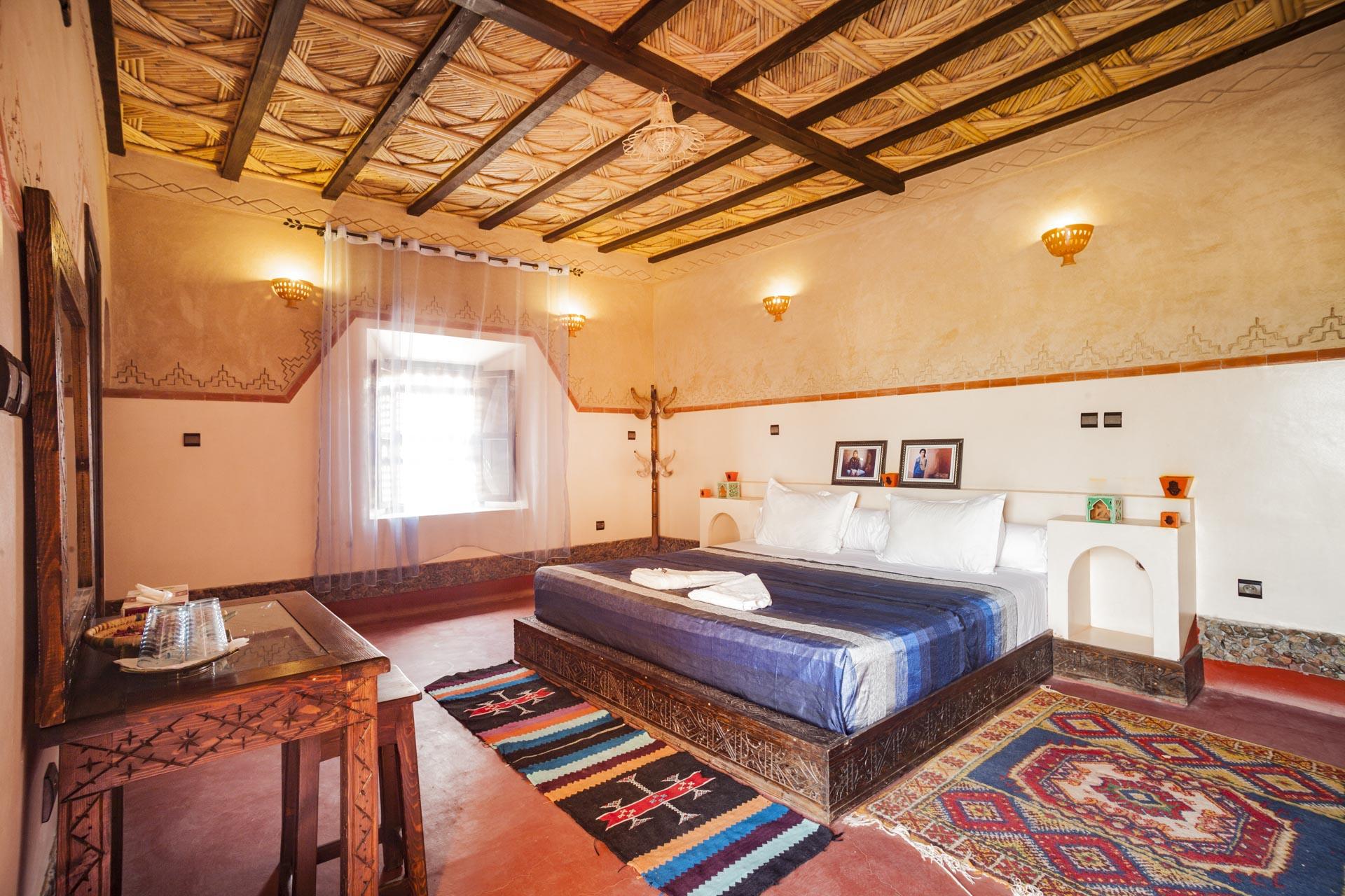 Eco lodge lile de Ouarzaate inside room view