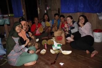 Enjoying durian (photo: Andri Thomas)
