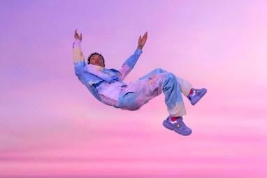 jaden-smith-new-balance-vision-racer-blue 5