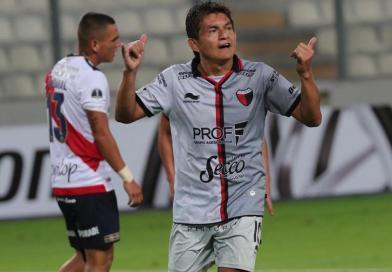 Colón ganó 3-0 por la Copa Sudamericana