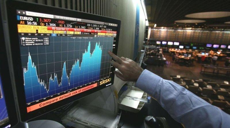 Caen los bonos y sube el riesgo país