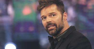 Ricky Martin confirmó que la mujer que usa pañuelo verde en su video es por el pedido del aborto legal