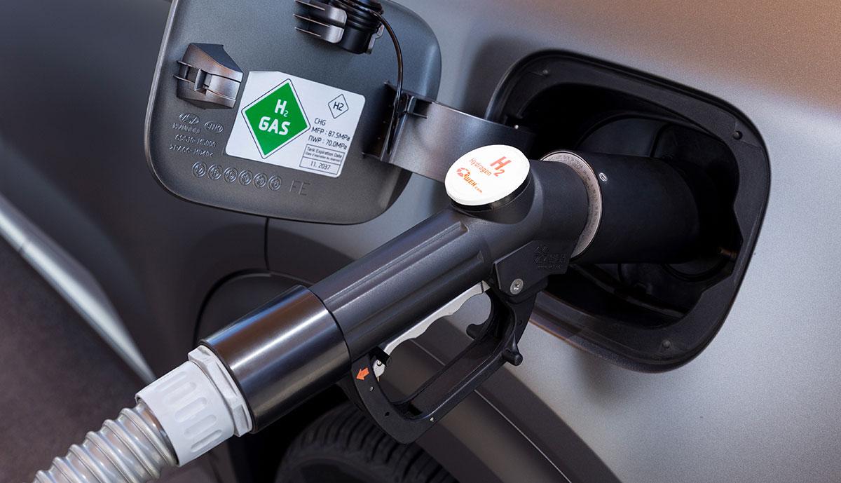 """#Faurecia Chef: """"Grüner"""" #Wasserstoff bei Reichweiten von über 300 Kilometer im Vorteil"""