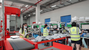 How-does-our-fulfillment-center-operate-eComhub.net