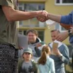 handshakes-930181_960_720