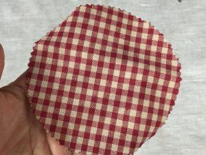 idea riciclo vasetti per Natale