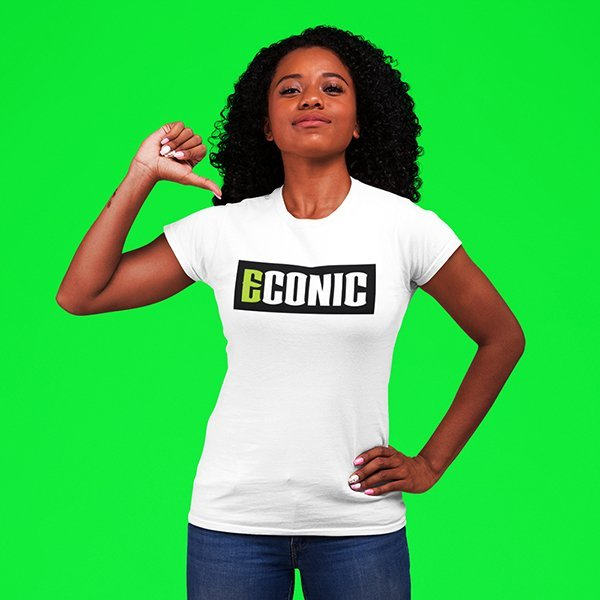patriotic-mockup-of-a-woman-pointing-at-her-ECONIC-eco-active-t-shirt