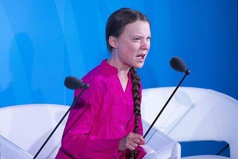 scene di imbarazzante recitazione nel discorso sul climate change di Greta all'ONU