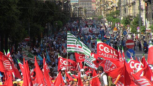 Manifestazione sindacale in piazza