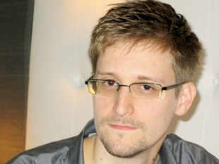 https://i2.wp.com/economictimes.indiatimes.com/thumb/msid-20516148,width-310,resizemode-4/edward-snowden-ex-cia-worker-who-blew-the-lid-on-nsas-surveillance-program.jpg