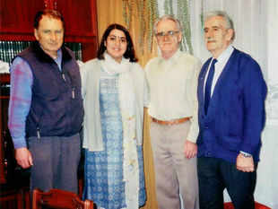 Bhattacharjee with Balachadi survivors RomanGutowski, Zbigniew Bartosz and Weislaw Stypula in Warsaw during her visit in 2004.