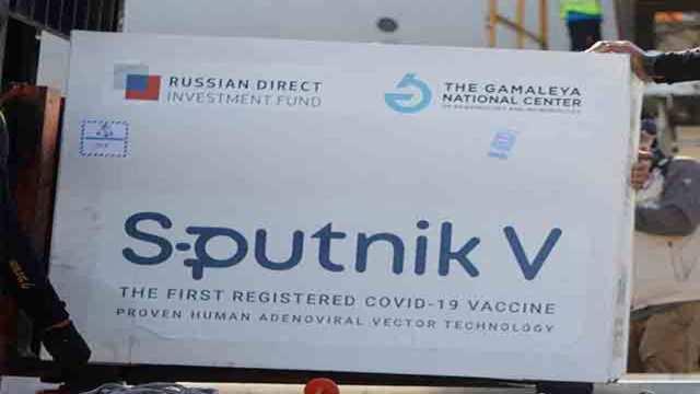 Sputnik V: 1st batch of Russian Sputnik V vaccine arrives in India - The  Economic Times Video | ET Now