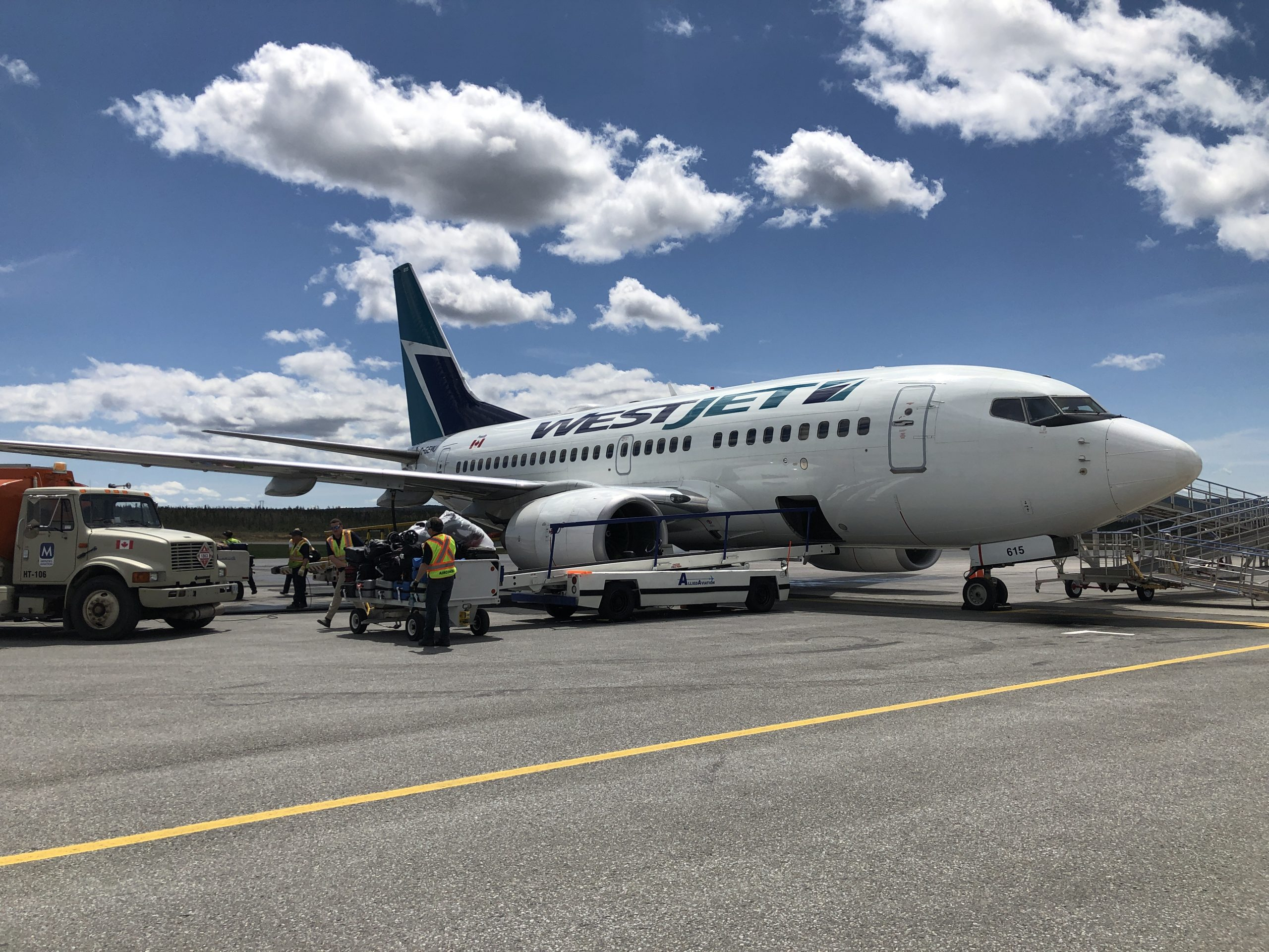 Cathy Pacific vs. WestJet: Who had Better Customer Service During COVID19
