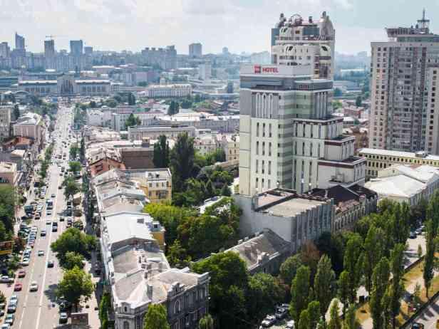 Aujourd'hui, 81 banques opèrent en Ukraine.