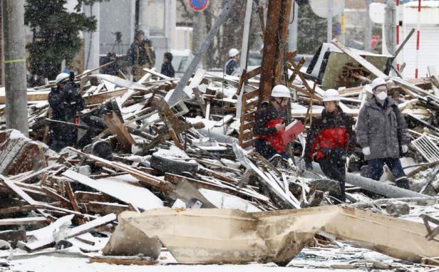 L'explosion s'est produite après que les employés ont allumé un chauffe-eau.