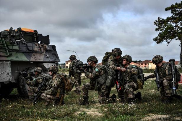 2017-2rep-legion-etrangere-entrainement-combat-loc