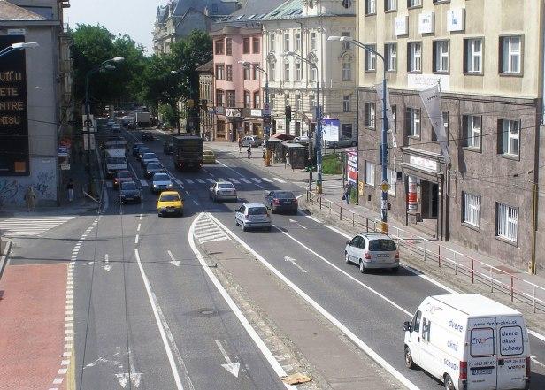 1200px-Štefánikova_ulica