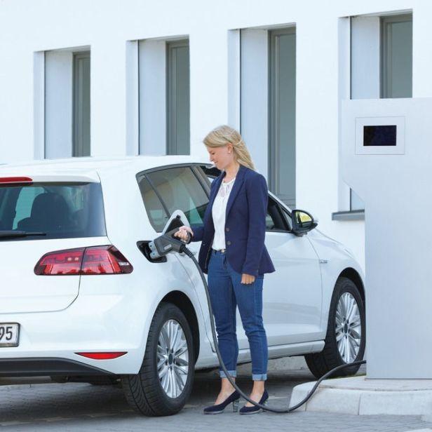 Les industries automobile slovène et hongroise renforcent leur coopération dans le domaine des véhicules électriques et autonomes