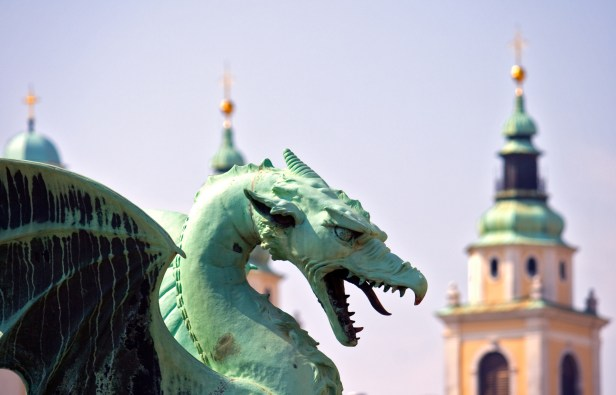 Slovénie Salaire moyen de 1 105 € nets en septembre 2019