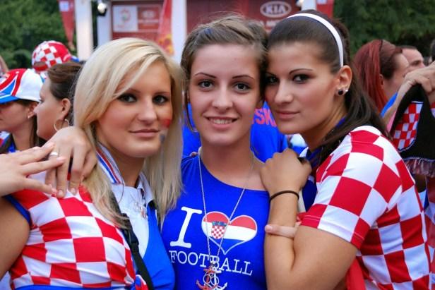 croatian_girls_hot_sexy_football_fans_world_cup_2014_brasil_tifose_croate